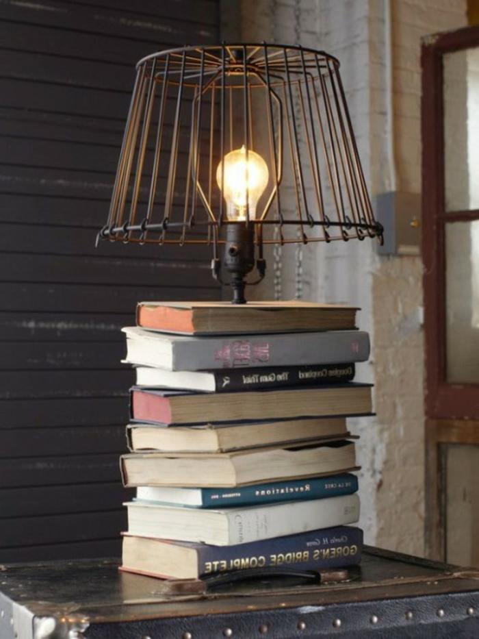 viele-Bücher-DIY-vintage-Leselampe