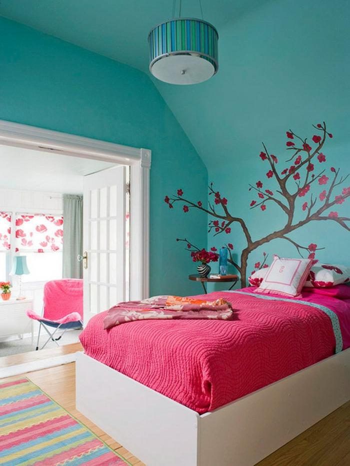 wände-gestalten-mit-farbe-schlafzimmer-türkis-wandfarbe-rosiges-bett