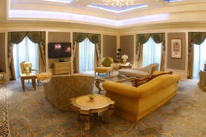 High Quality Wandfarbe Champagner Moderne Wohnraumgestaltung Zimmerstreichen Ideen Design