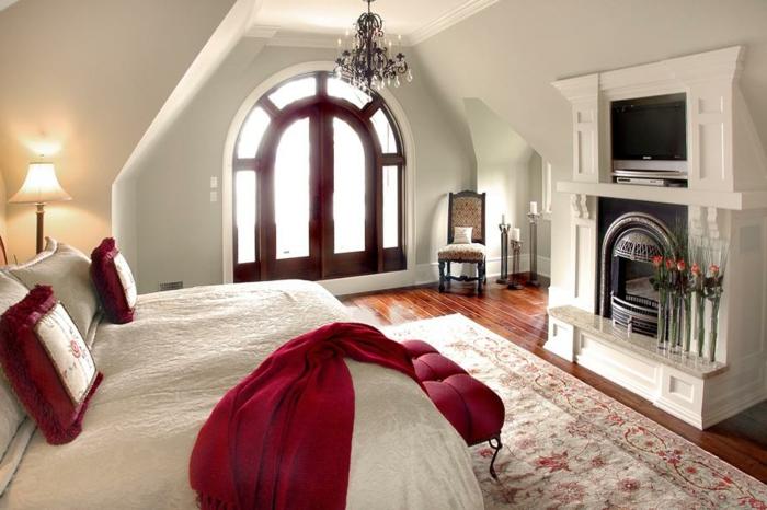 wandfarben-für-schlafzimmer-champagner-bett-in-weiß-und-rot