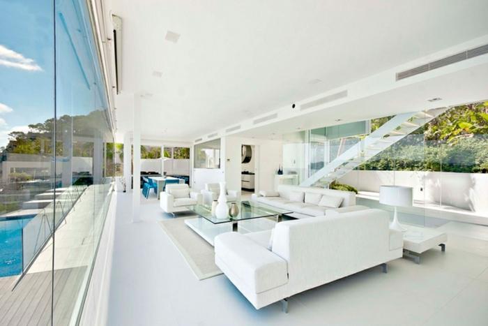weiße-minimalistische-moderne-innenarchitektur