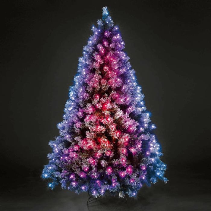 Kleiner Weihnachtsbaum Mit Beleuchtung.Weihnachtsbaum Mit Beleuchtung 40 Unikale Fotos Archzine Net