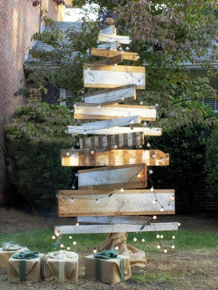 weihnachtsbaum-mit-beleuchtung-kreatives-modell-led-licht