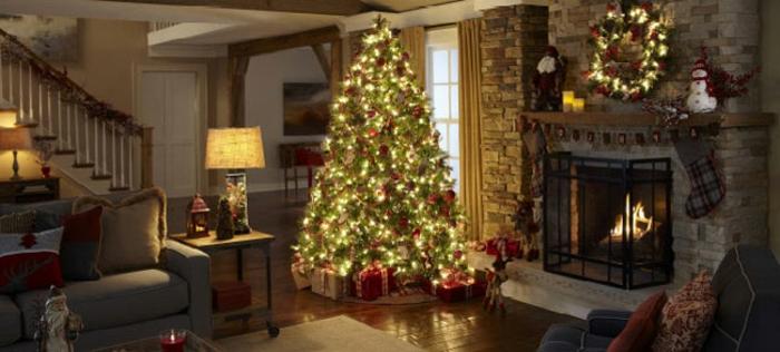 weihnachtsbaum-mit-beleuchtung-led-licht
