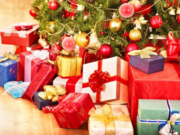 weihnachtsgeschenke-verpacken-hübsch-und-festlich