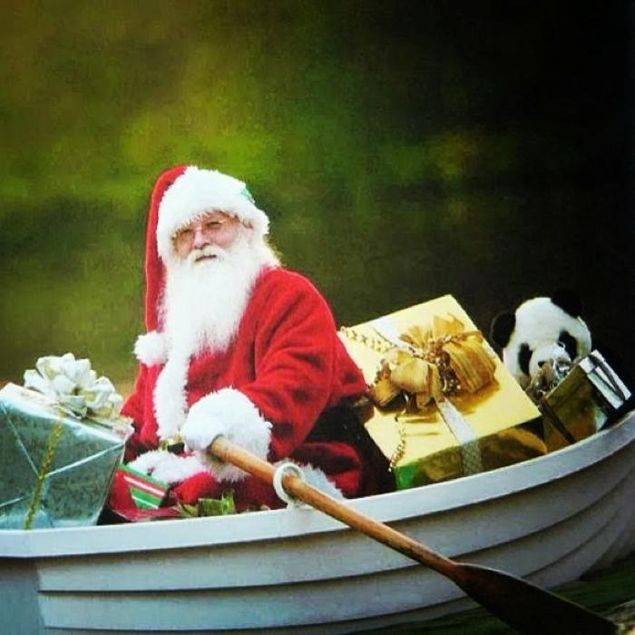 weihnachtsgeschenke-verpacken-santa