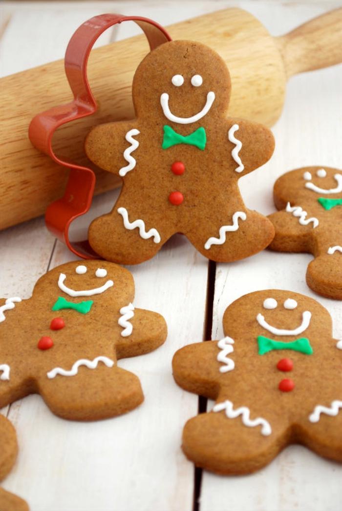 weihnachts kekse-mann-dekorieren