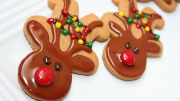 weihnachts kekse-mit-schokolade-und-bonbons