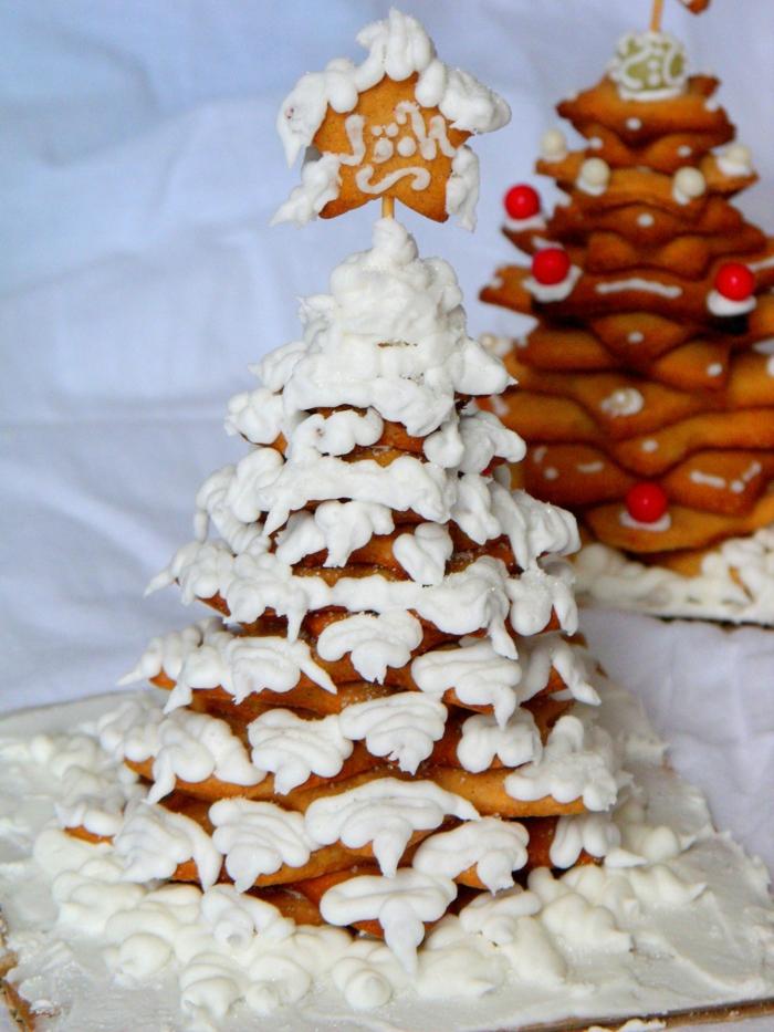 weihnacht skekse-tannebaum-schnee-aus-schlagsahne
