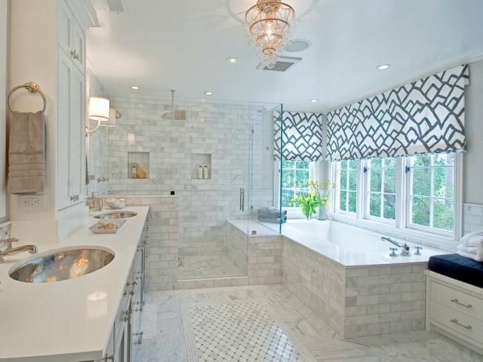 wohnung-dekorieren-weißes-badezimmer-mit-badewanne