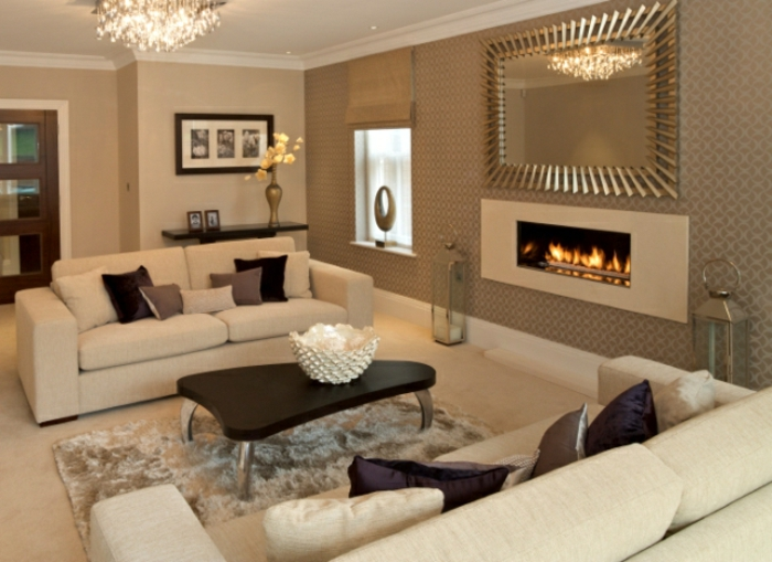 wohnzimmer-einrichten-tipps-zwei-weiße-sofas
