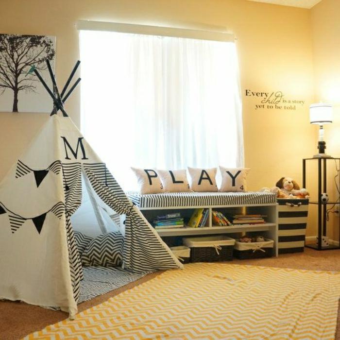 wunderschöne-Kinderzimmer-Gestaltung-schwarz-weißes-Zelt