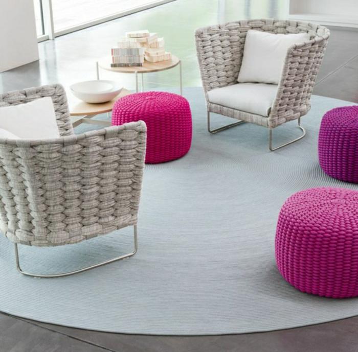 wunderschöne-Lounge-Sessel-Polster-bequem-interessantes-Design