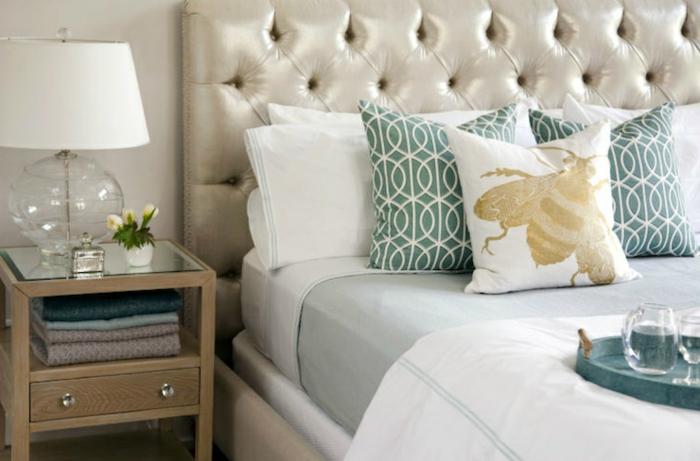 wunderschöne-wandfarbe-champagner-farbpalette-wandfarbe-im-schlafzimmer