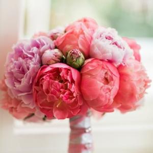 Runder Brautstrauß - die Wahl der romantischen Mädchen