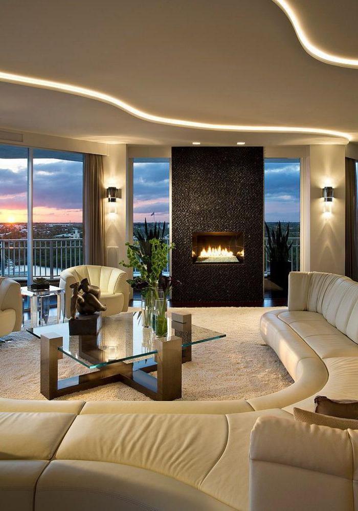 xxl-couch-beige-Leder-halbrund-Kamin-stilvolles-Wohnzimmer-Interieur