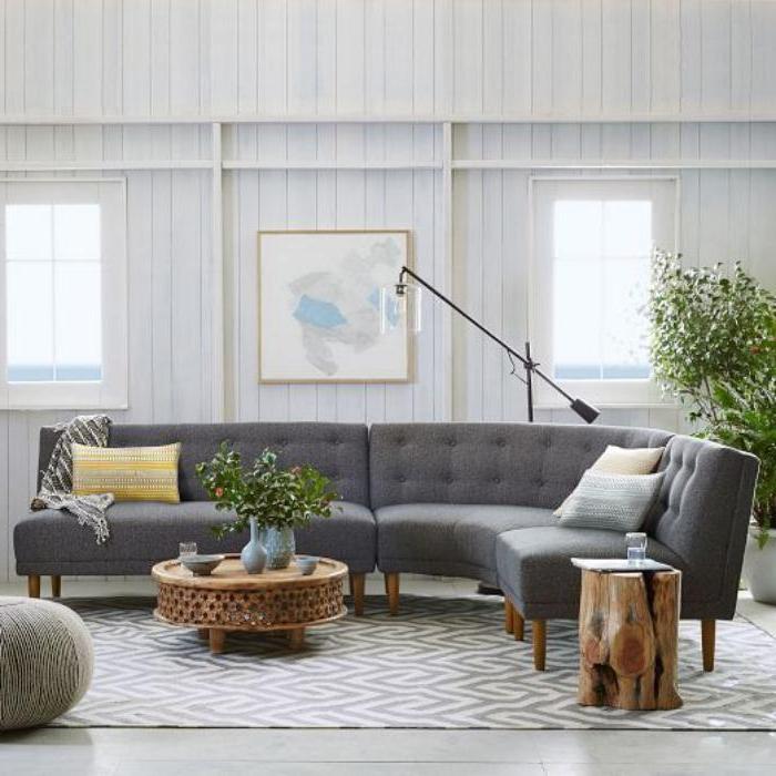 xxl-couch-grau-Textil-bequemes-Modell-gemütliches-Wohnzimmer-Interieur