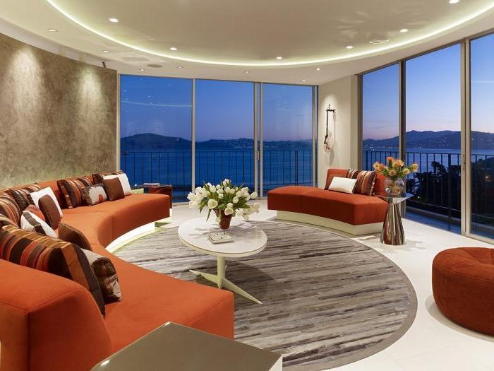 xxl-sofa-orange-Farbe-halbrunde-Form-moderne-couch
