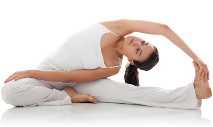 yoga-übungen-nicht-schwer-aber-auch-nicht-sehr-leicht