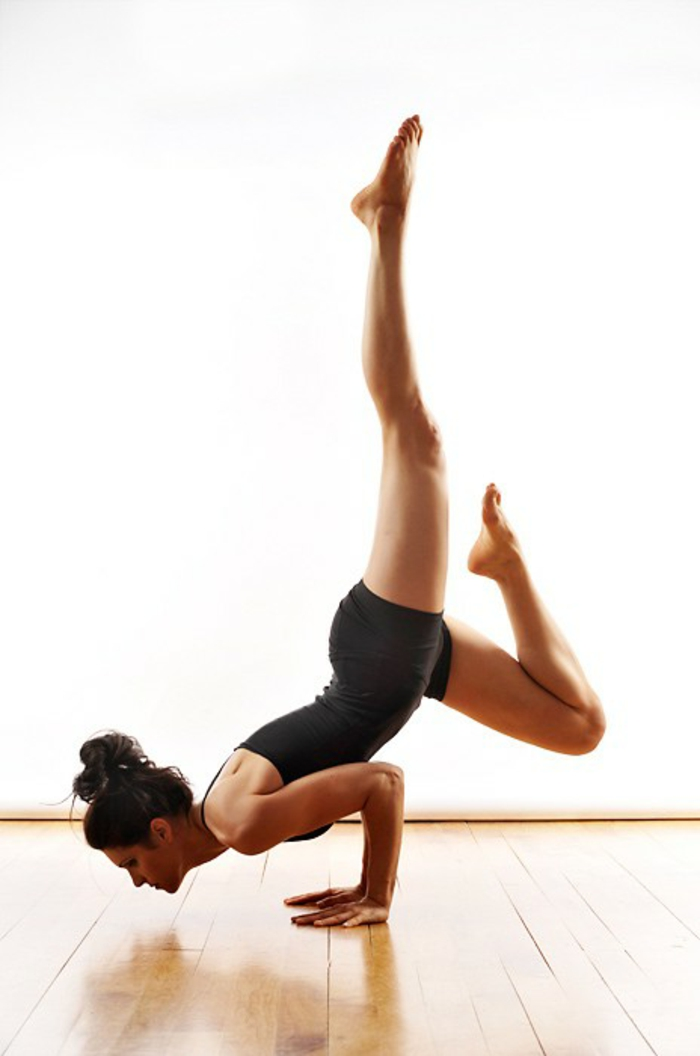yoga-übungen-richtig-klasse-aussehen
