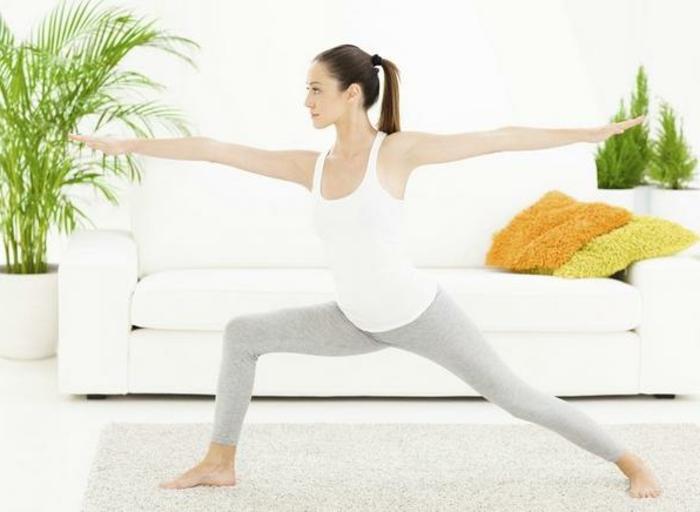 yoga-übungen-super-helles-foto-positive-ausstrahlung
