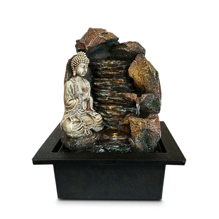 zimmerbrunnen-mit-buddha-kreative-und-originelle-dekoration