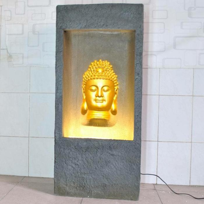 zimmerbrunnen-mit-buddha-schönes-licht