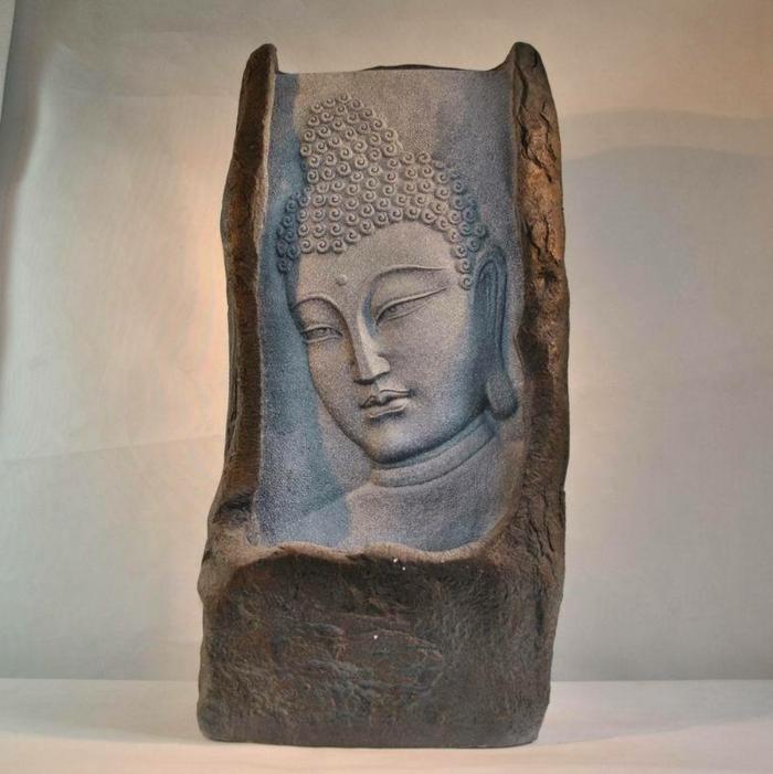 zimmerbrunnen-mit-buddha-sehr-schönes-ambiente