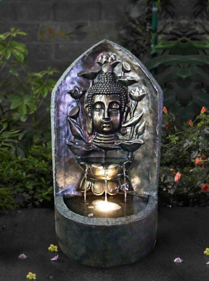 zimmerbrunnen-mit-buddha-sehr-schönes-aussehen