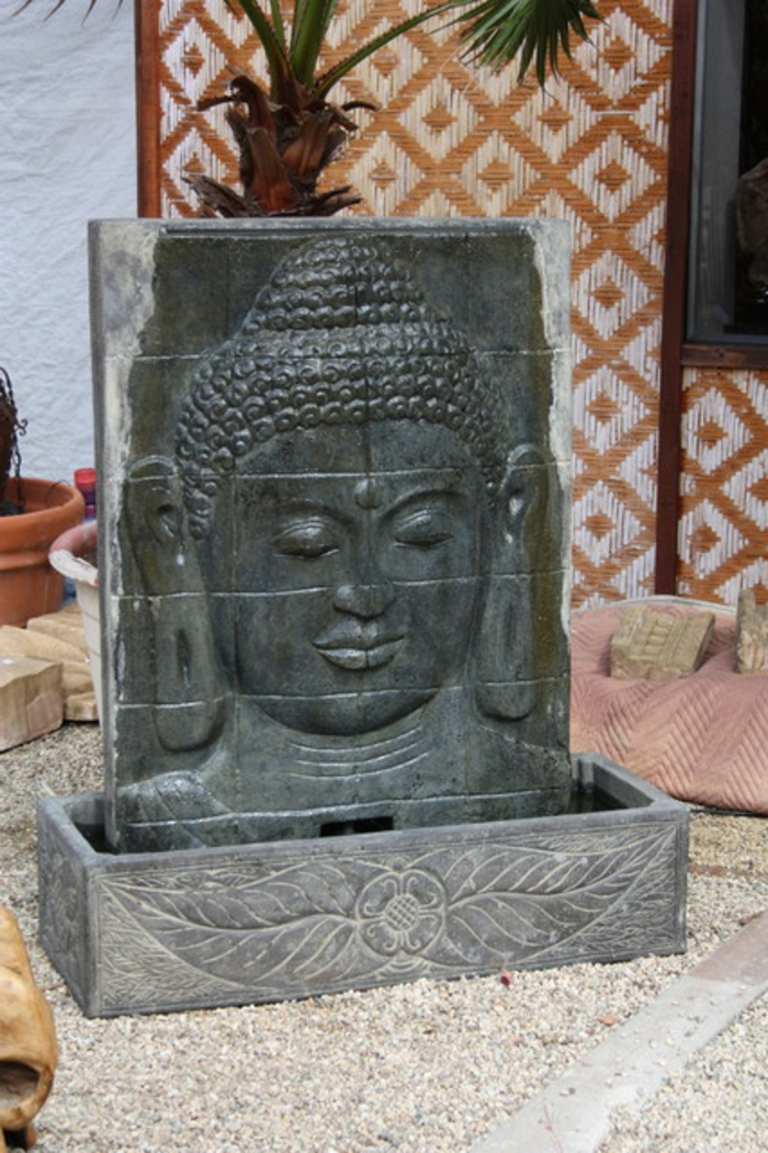 zimmerbrunnen-mit-buddha-super-tolles-foto-prima-aussehen