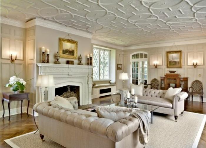zimmerdecken-neu-gestalten-gemütliches-großes-wohnzimmer