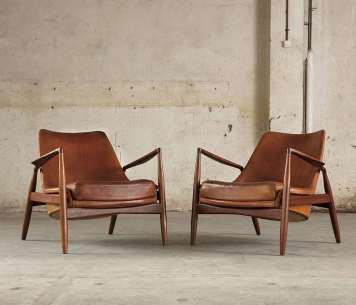 zwei-Ledersessel-braun-komfortabel-vintage-Design