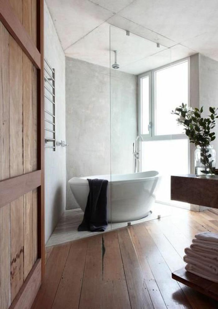 Badezimmer-hölzerner-Boden-Badewanne-oval-aktuelle-Bad-Trends-2015