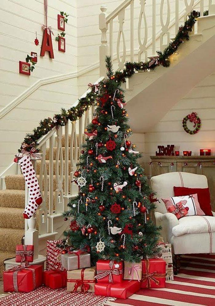 Deko-Weihnachtsbaum-in-halle