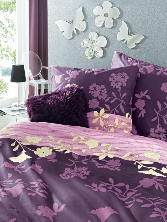 Elegante-Bettwäsche-in-lila-dekoeand