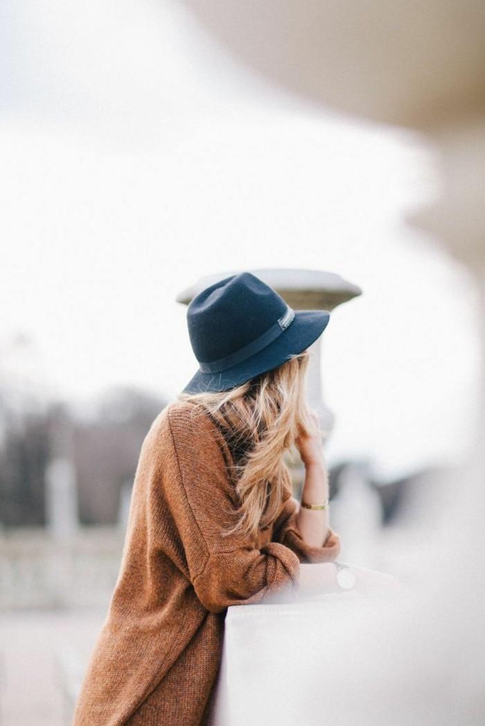 Filzhüte-herbst-mode-damen-braun-pullover