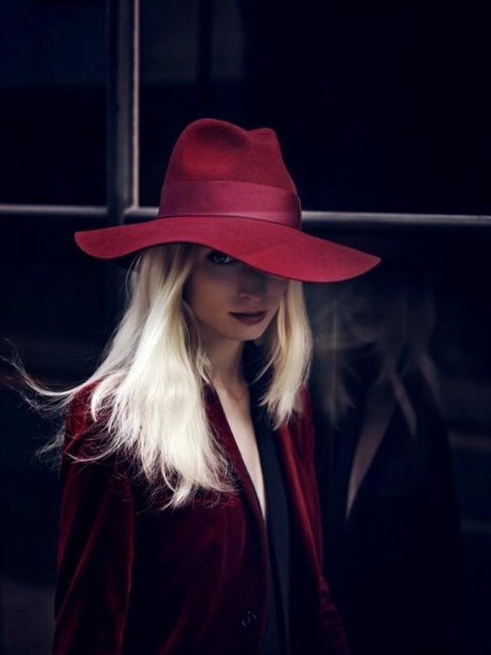 Filzhüte-in-rot-modische-modelle-damenmode