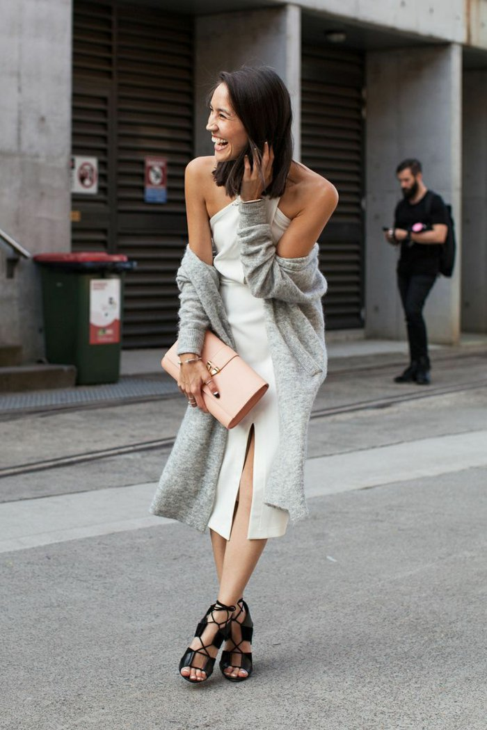 lange-Strickjacke-grau-elegant-stilvoll-modisch