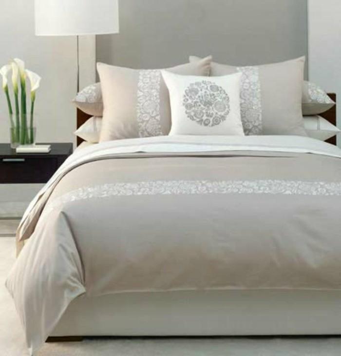 Moderne-Bettwäsche-hell-dekorativ-modernes-schlafzimmer
