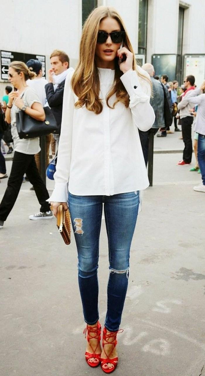 Olivia-Palermo-skinny-jeans-damen-weißes-Hemd-rote-elegante-sandalen
