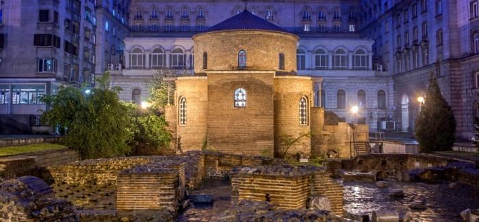 Sofia-Bulgarien-am-Abend-sehenswürdigkeiten-in-europa