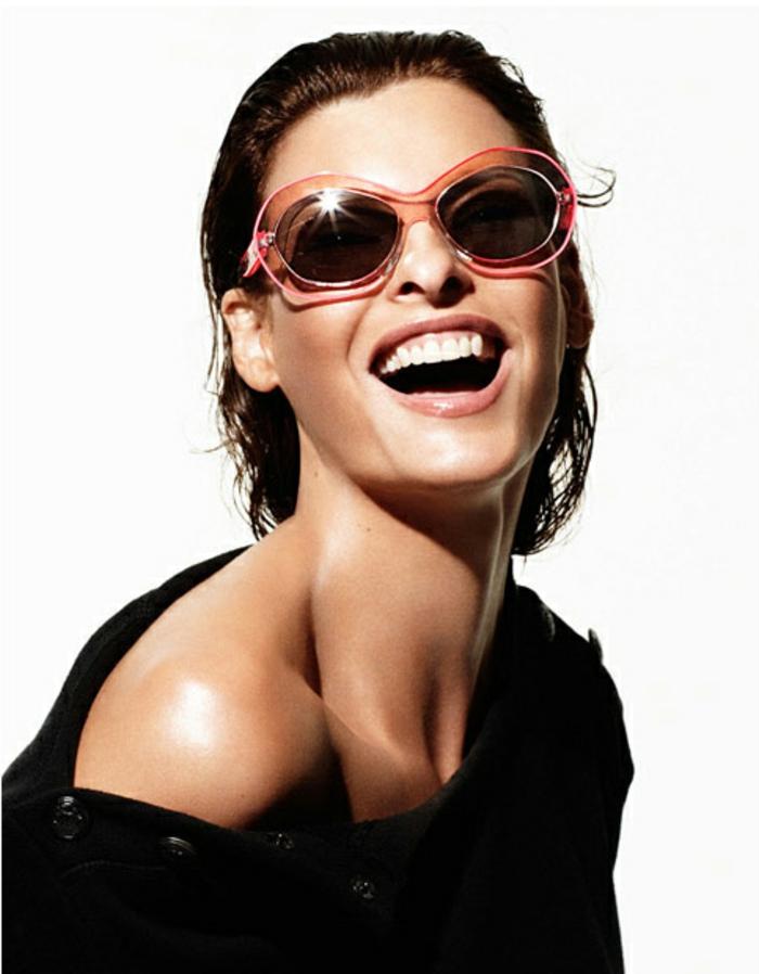 Sonnenbrillen-Chanel-pink-vintage