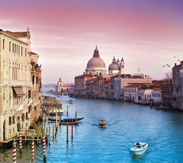 Venedig-Italien-europas-schönste-städte-top-urlaubsziele-berühmte-sehenswürdigkeiten-in-europa