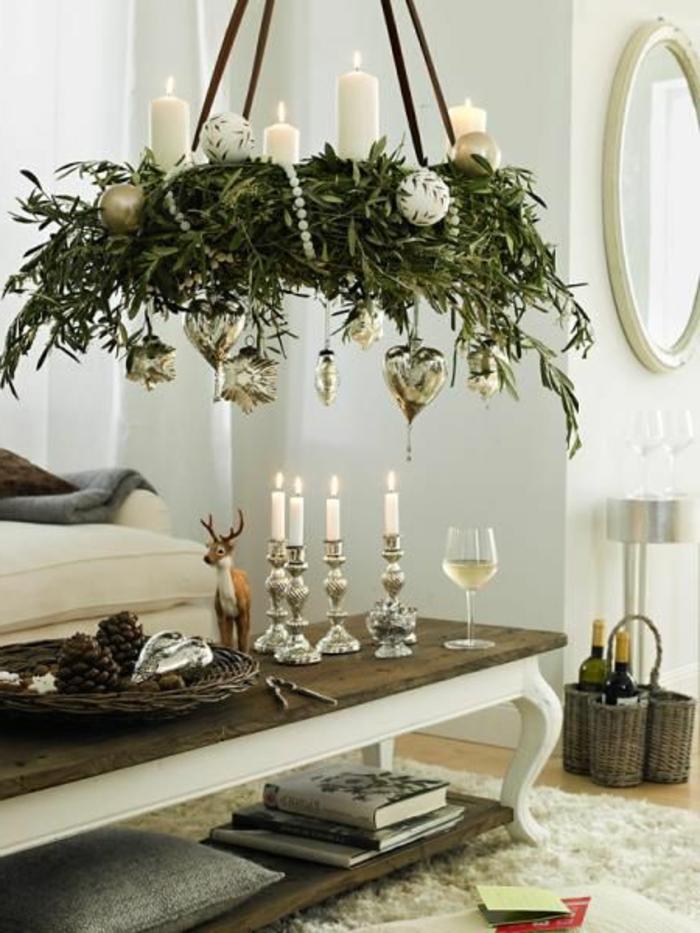 adventskranz-binden-tolles-hängendes-modell-im-esszimmer