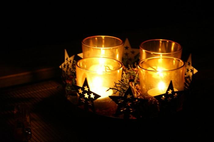 adventskranz-ideen-elegante-weihnachtsdeko