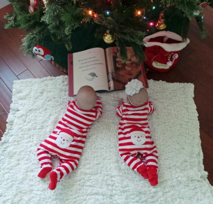 baby-schlafanzug-für-Zwillinge-schlafanzug-mit-füßen-für-Weihnachten