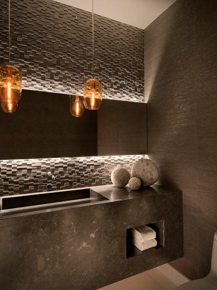 badezimmer-gestalten-braune-interessante-ausstattung