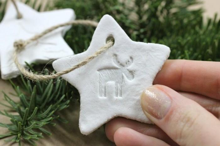bastelideen-für-kinder-lustiges-modell-stern-auf-dem-weihnachtsbaum