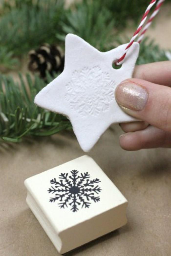 bastelideen-für-kinder-unikale-weiße-sterne-für-den-weihnachtsbaum