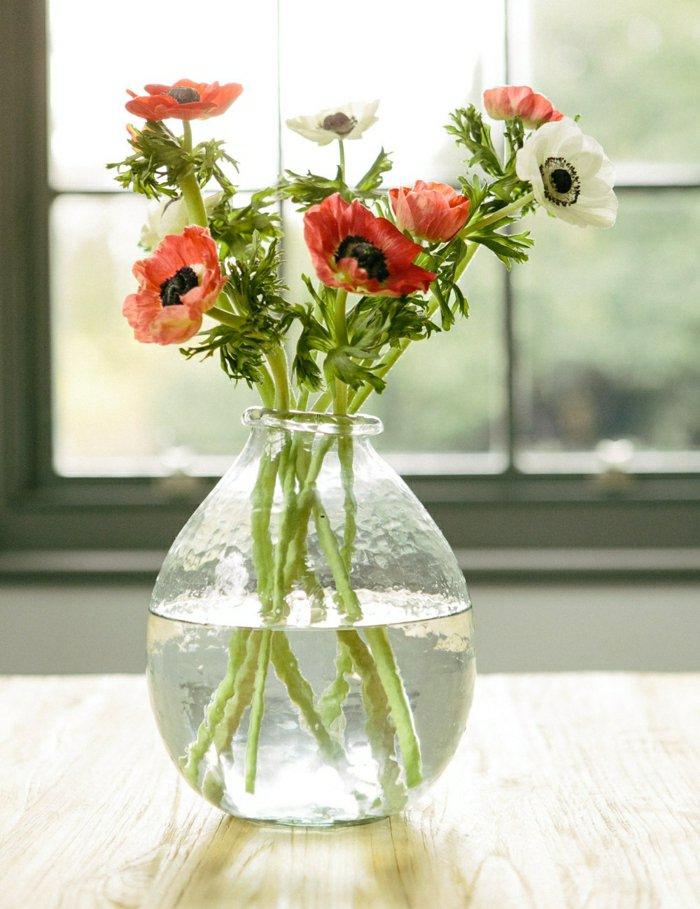 blumenvasen-glas-deko-vase-frische-Feldblumen